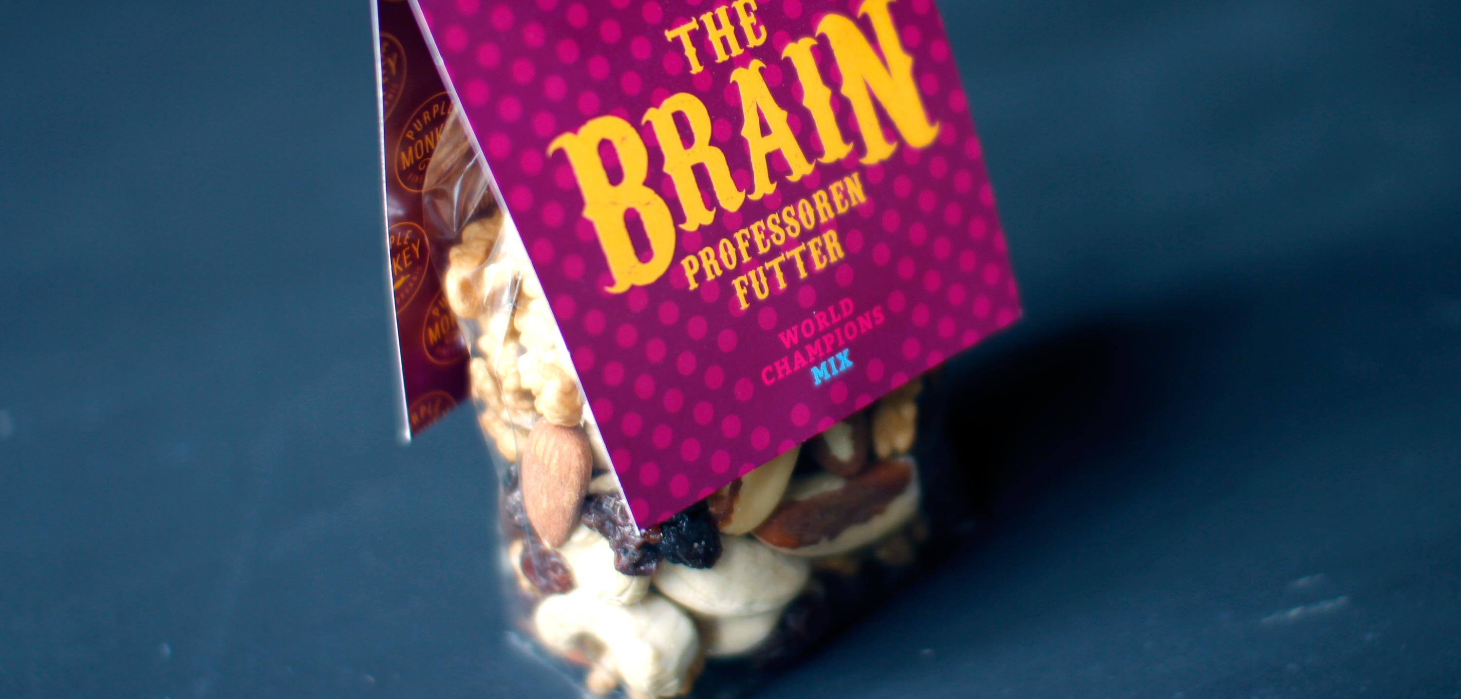 Purple-Monkey-Fruits-and-nuts-mix-The-Brain-bio-organic-packaging-klemm-design